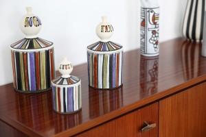 Collection de pots de Capron