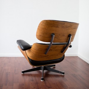 eames_lounge_chair_ottoman_herman_miller_model_670_671_back_dos_carré