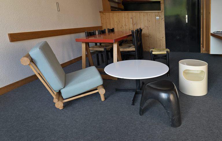 charlotte perriand et l 39 aventure des arcs derni re partie mg galerie. Black Bedroom Furniture Sets. Home Design Ideas